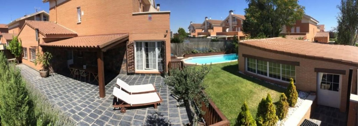 Terraced House  For Sale in  Seseña
