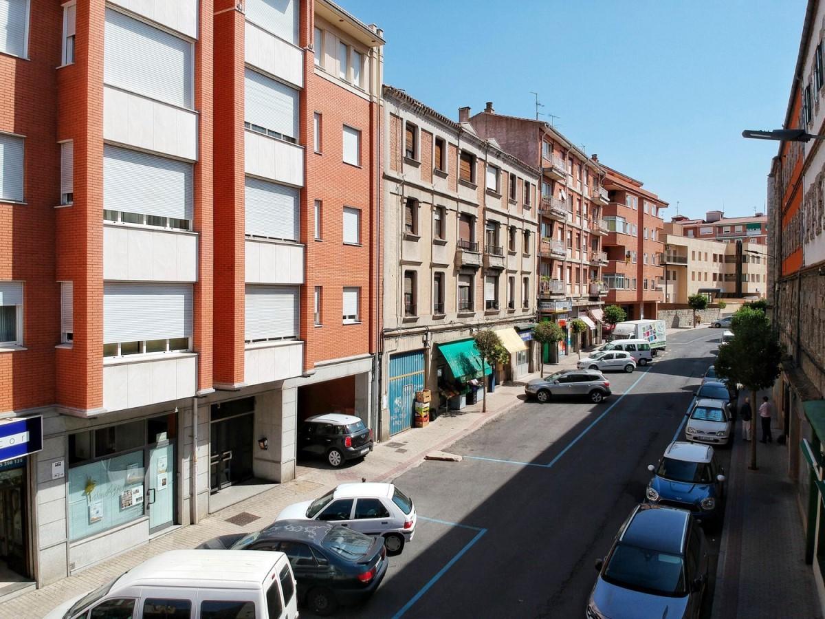 Edificio de Viviendas en Venta en  Ávila