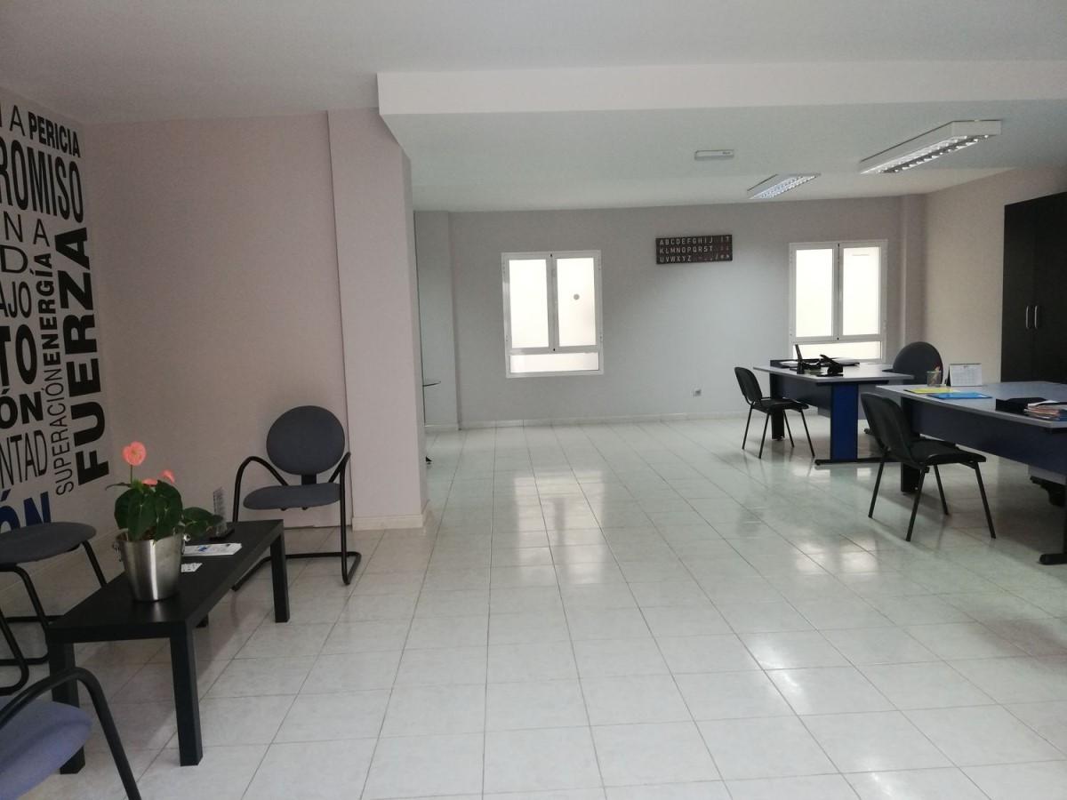 Oficina en Alquiler en  Santa Lucía de Tirajana