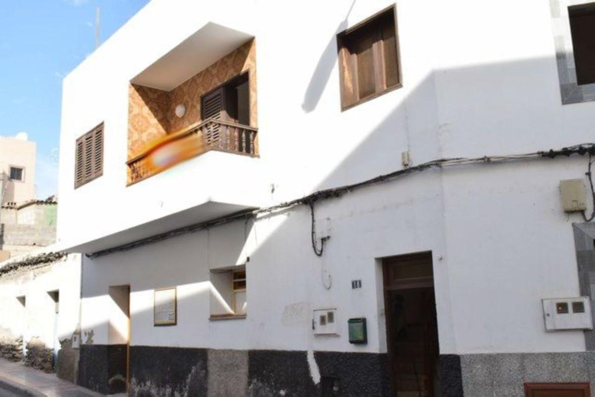 Edificio de Viviendas en Venta en  San Bartolomé de Tirajana