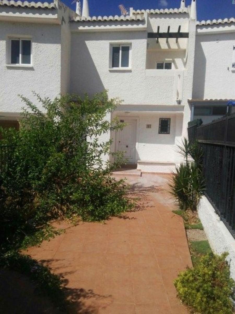 Terraced House  For Sale in  Nucia, La