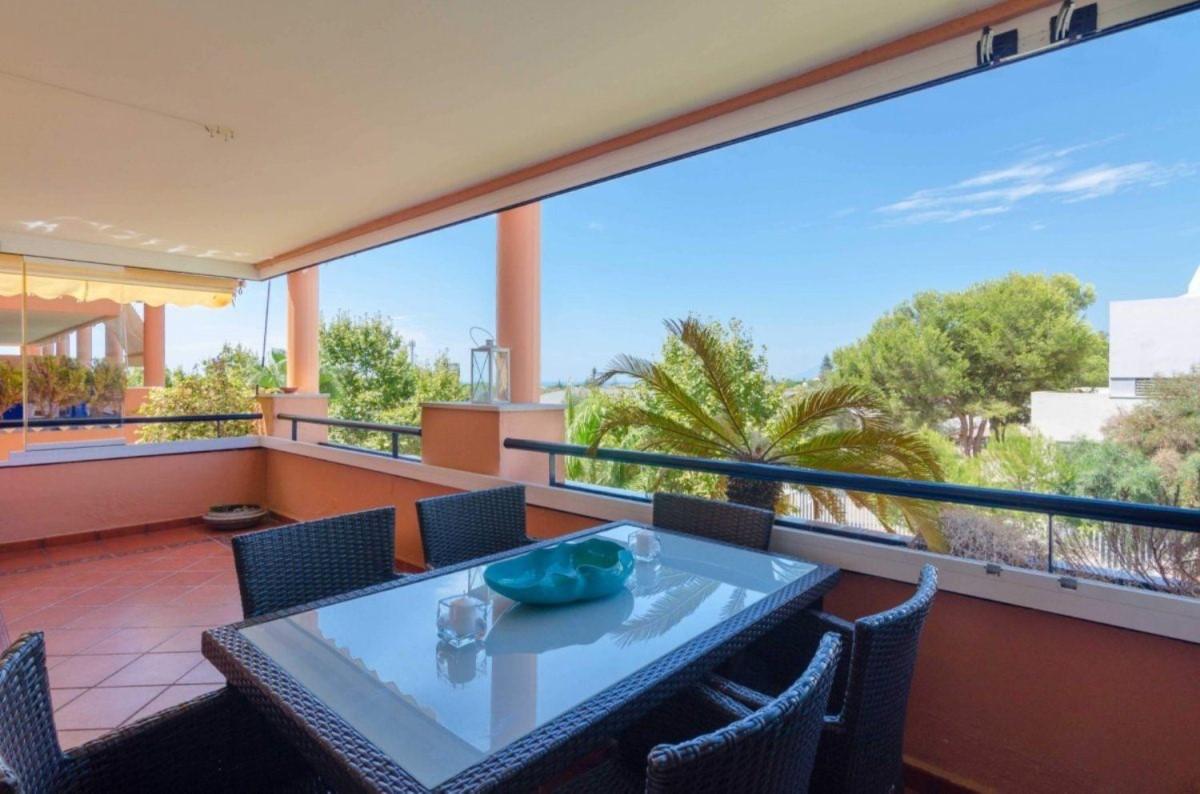 Piso en Venta en Las Chapas - El Rosario, Marbella