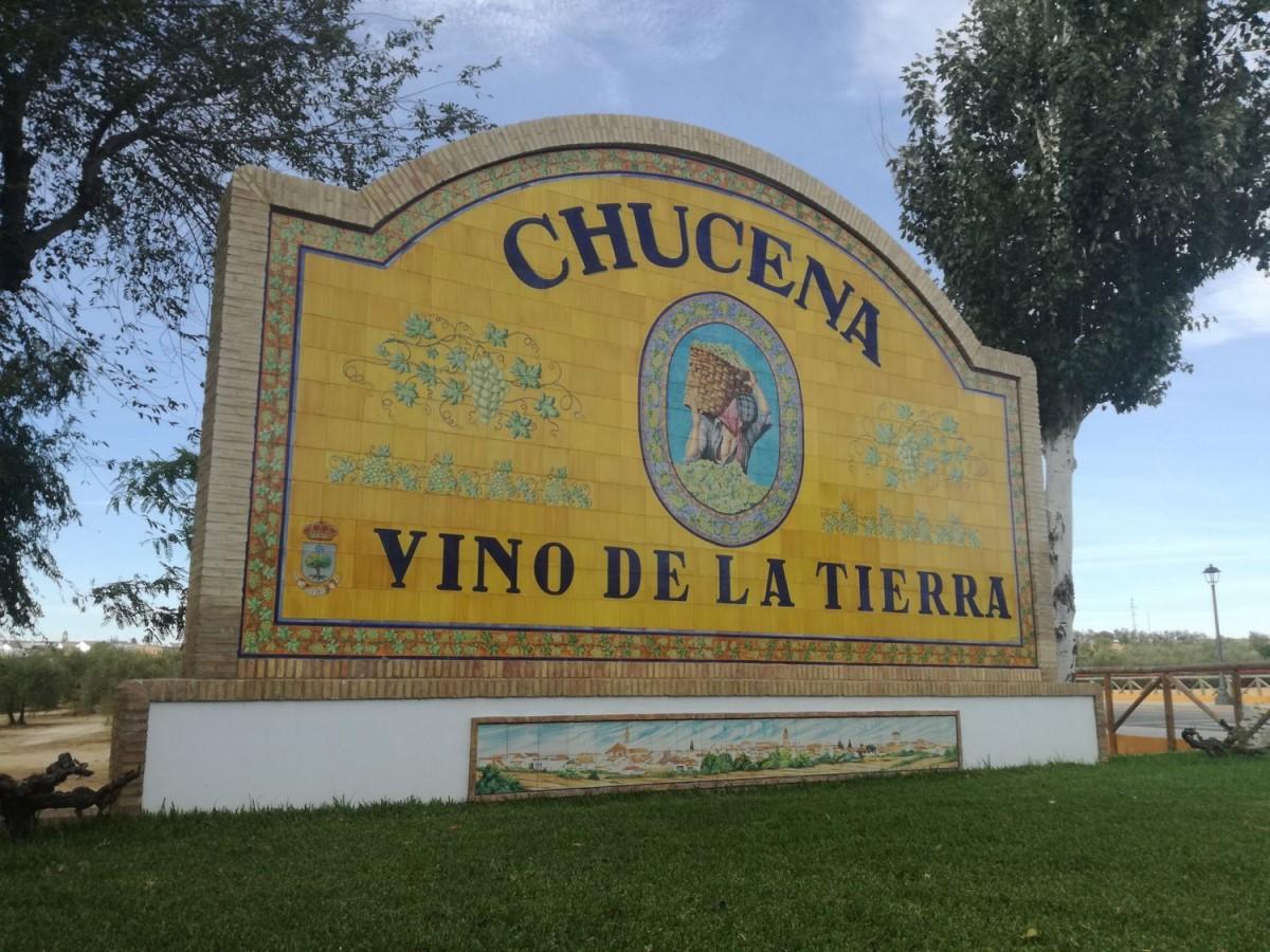 Chalet Adosado en Venta en  Chucena
