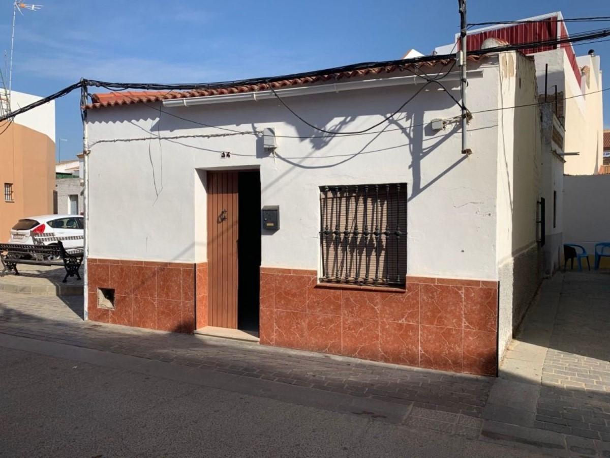 Casa Rural en Venta en  Benacazón