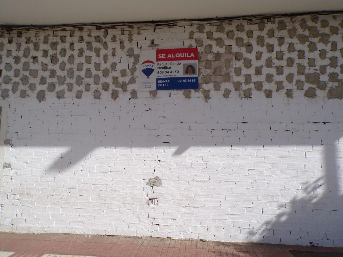 Local Comercial en Alquiler en  Caleta de Velez
