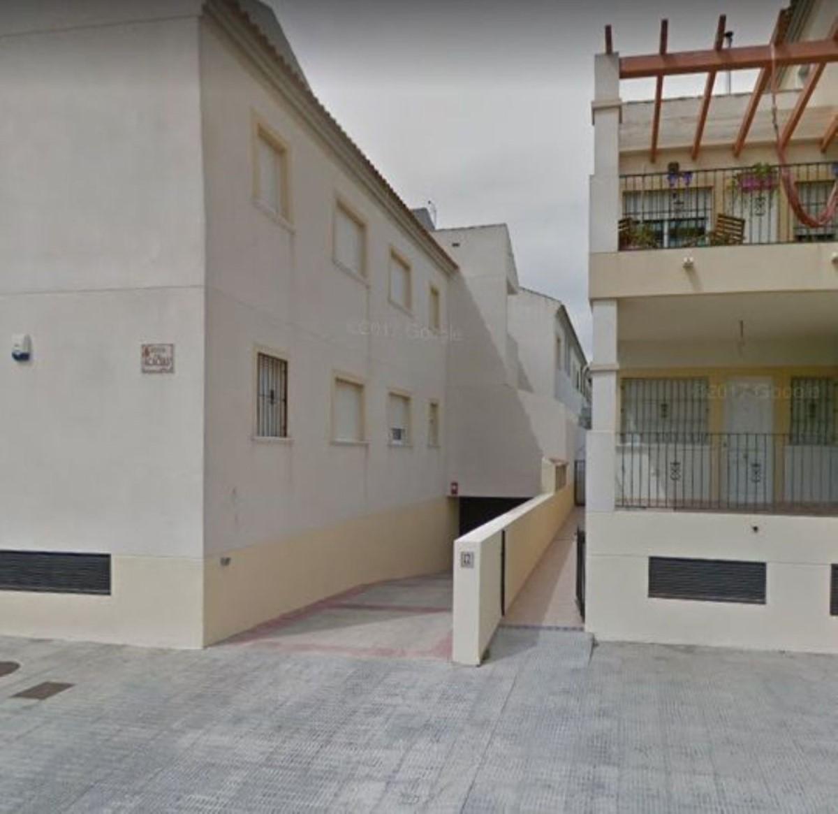Parking  For Sale in  Almoradí