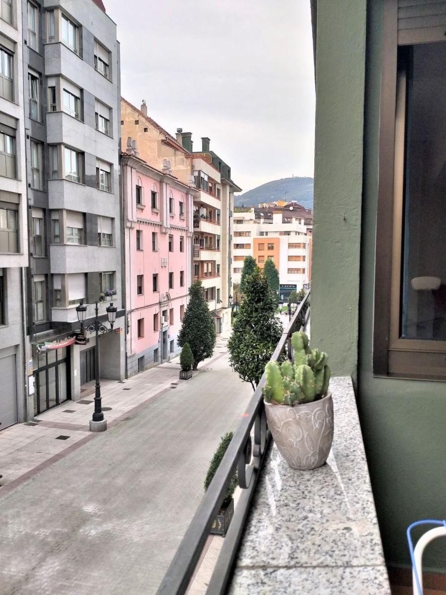 Piso en Alquiler en Centro, Oviedo