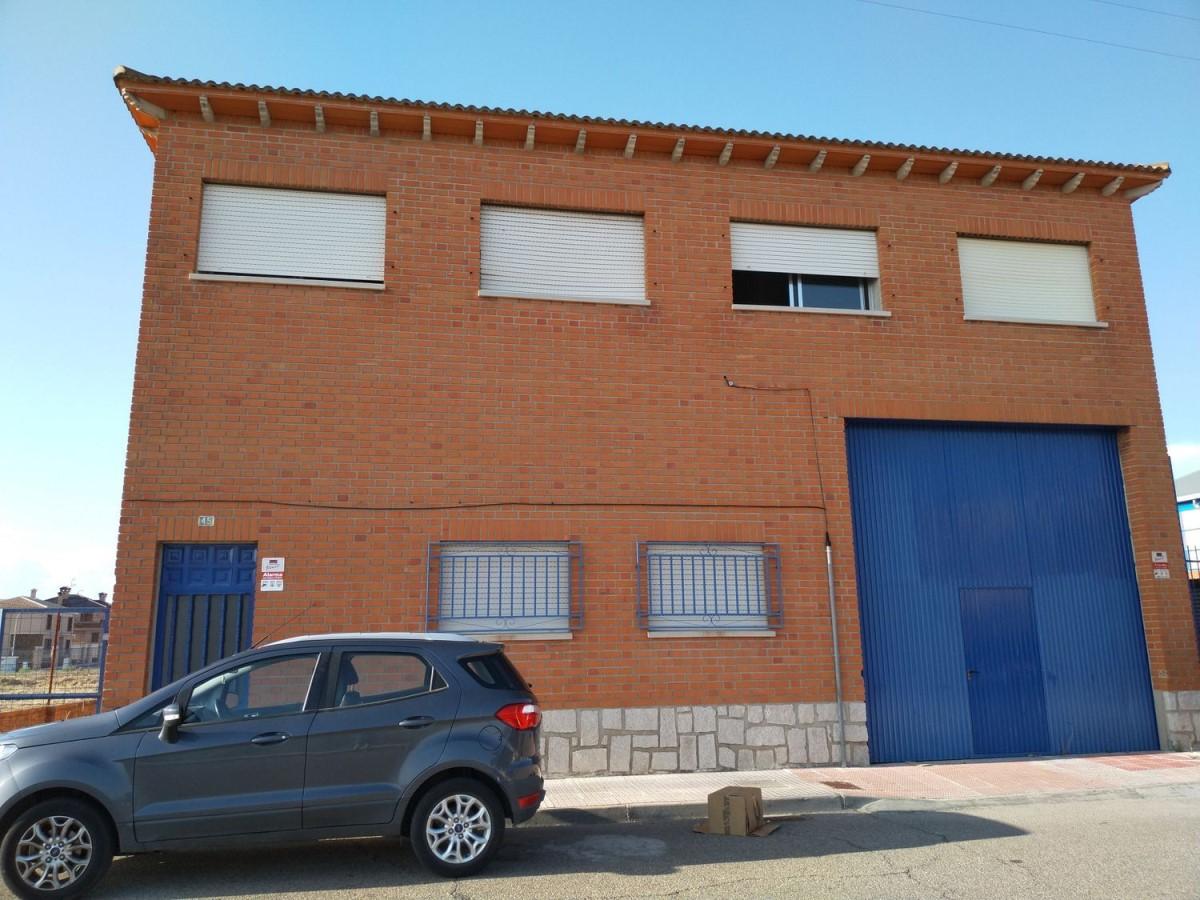 Nave Industrial en Venta en  Fuensalida