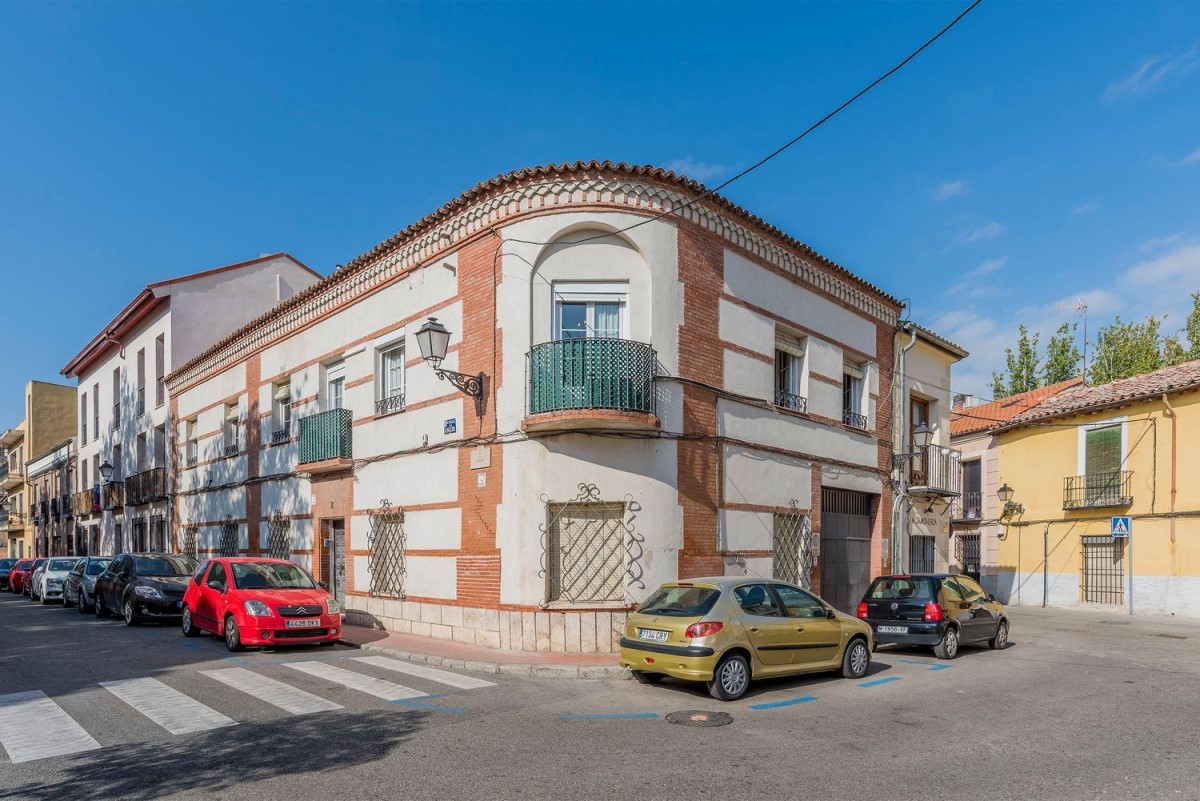 Terraced House  For Sale in  Alcalá de Henares