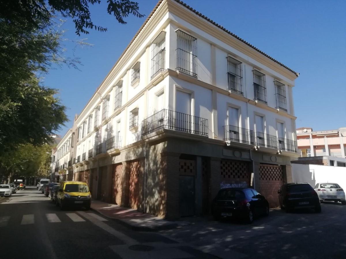 Local Comercial en Venta en  Campillos