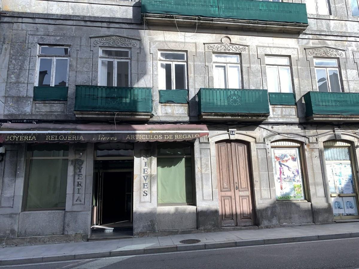Local Comercial en Venta en  Guarda, A