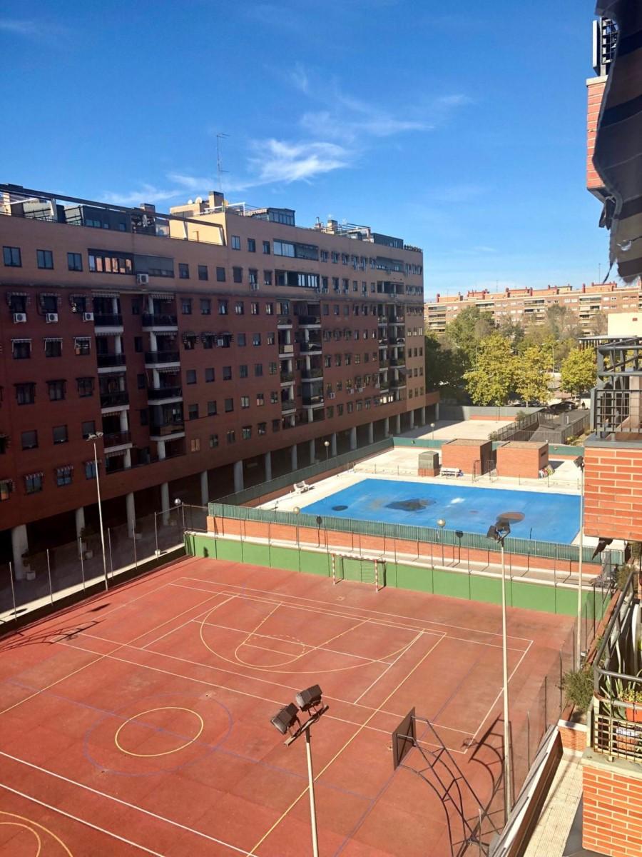 Piso en Alquiler en Parque Lisboa - La Paz, Alcorcón