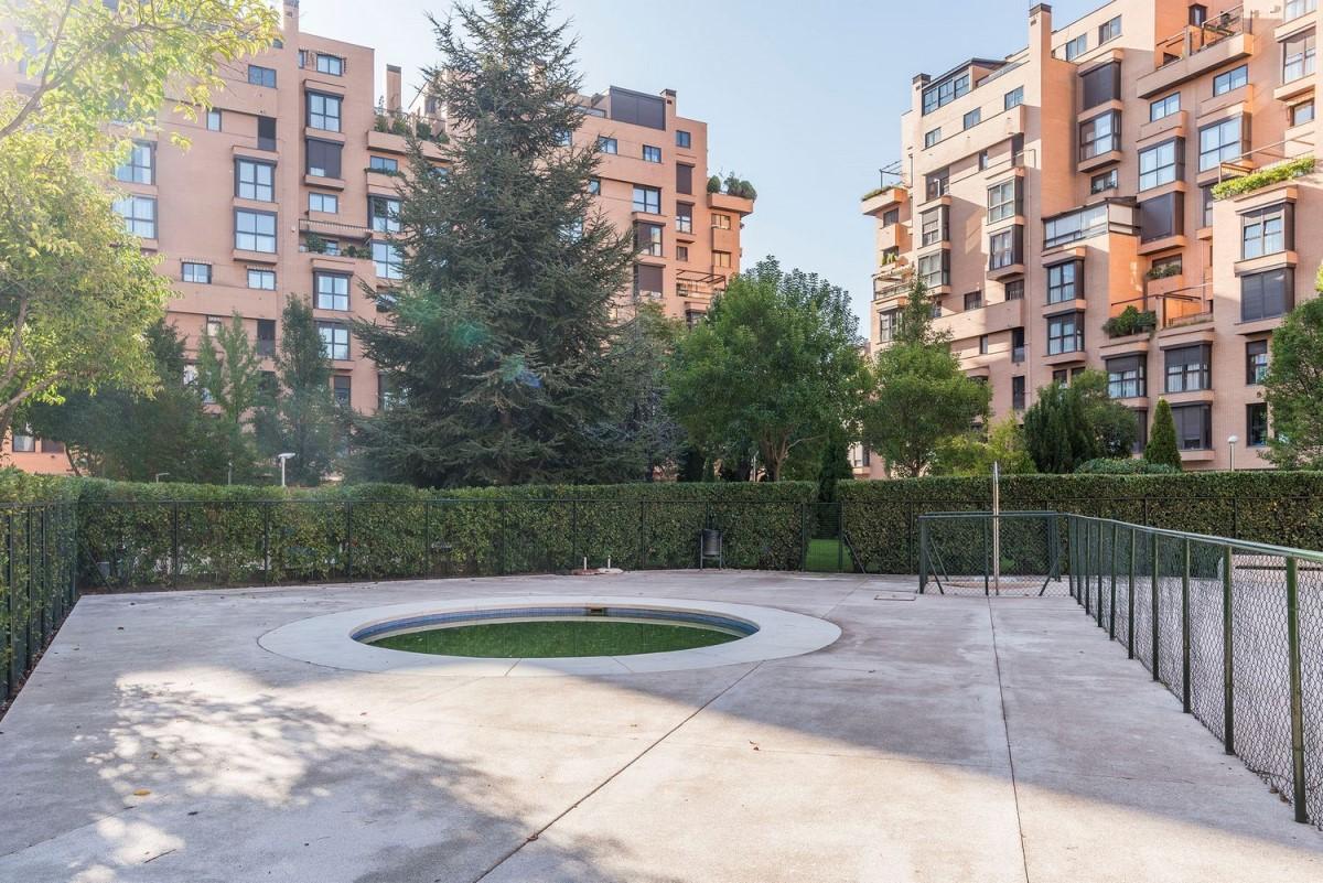 Dúplex en Venta en Ciudad Lineal, Madrid