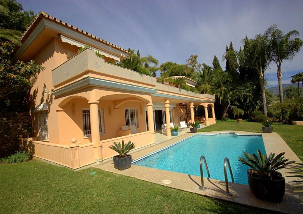 Chalet  à vendre à Los Monteros, Marbella