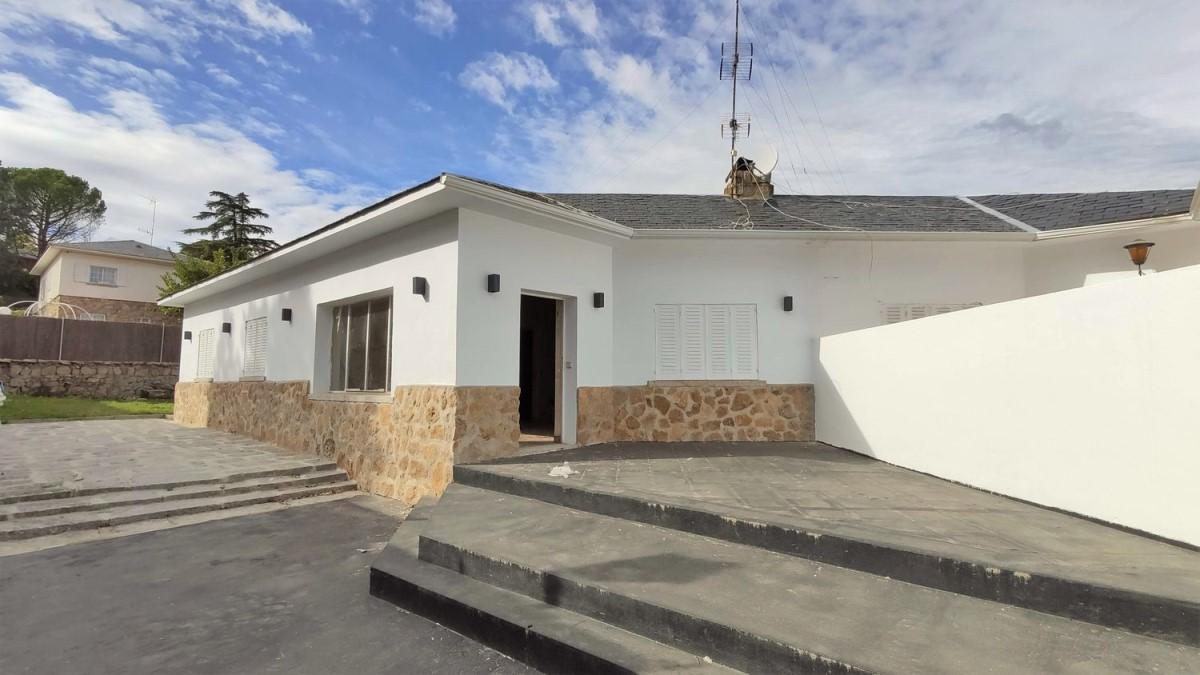 Chalet Adosado en Venta en Los Peñascales, Torrelodones