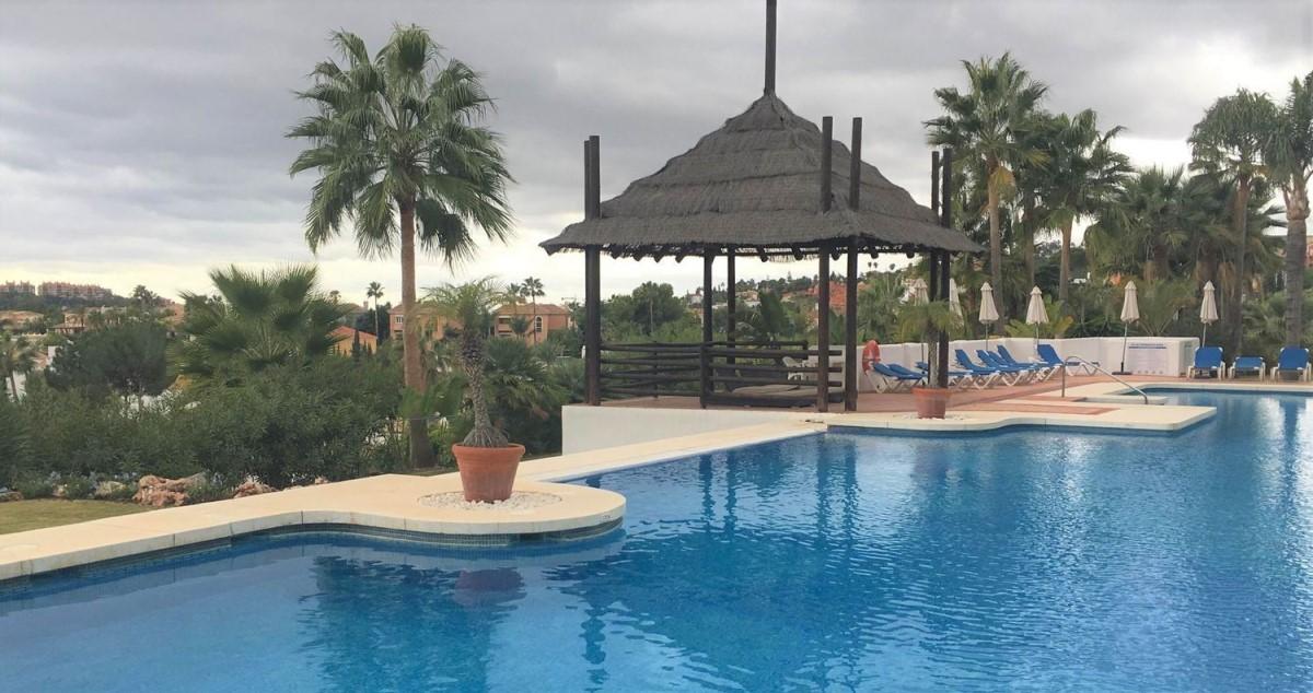 Piso en Venta en Nueva Andalucía, Marbella