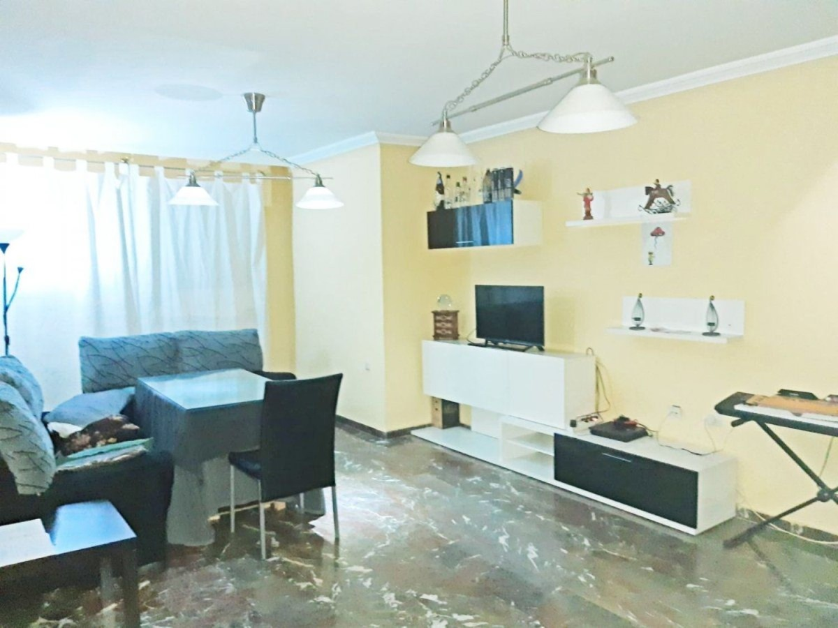 Apartment  For Sale in  Jaén