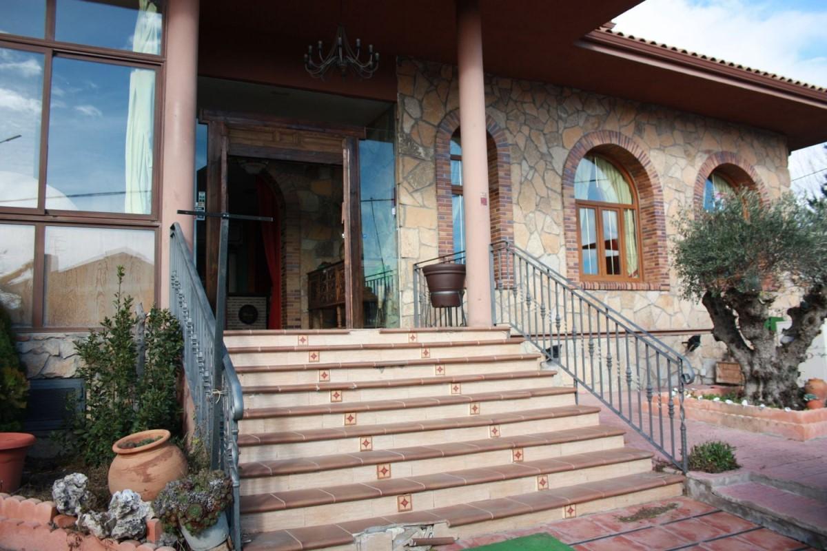 Local Comercial en Alquiler en  Galapagar