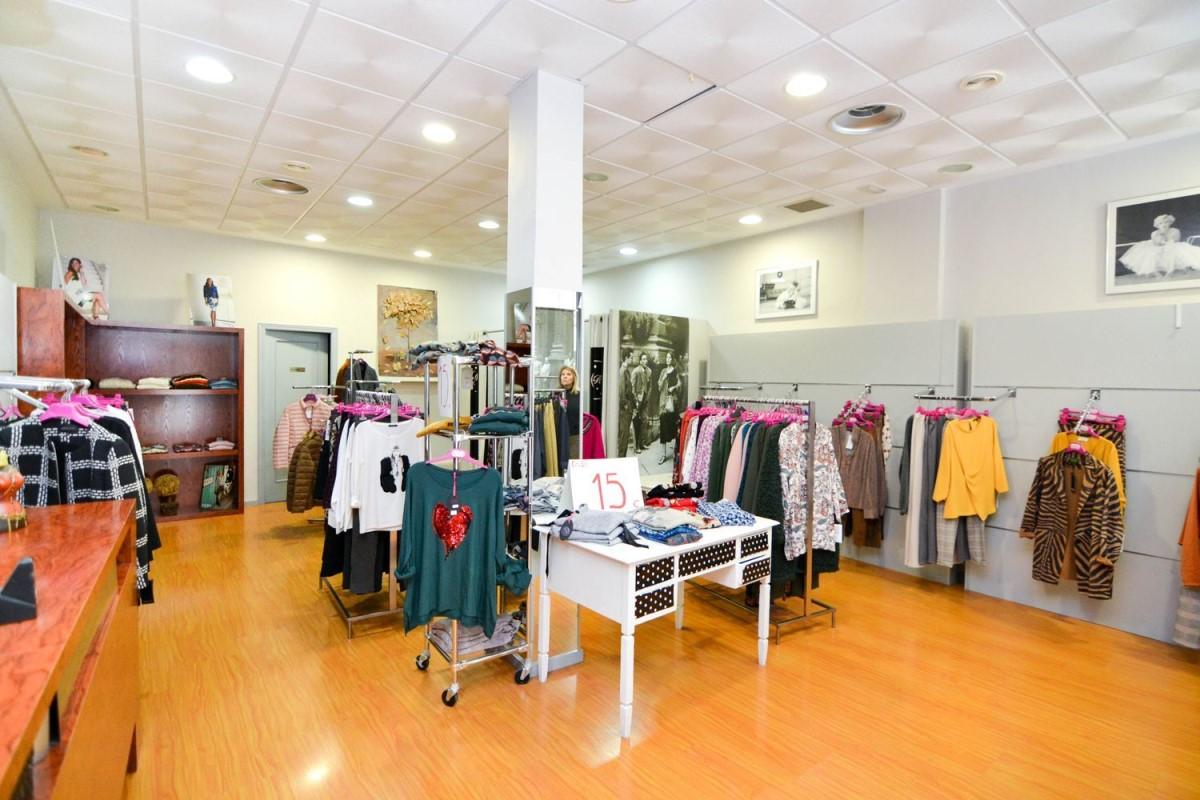 Local Comercial en Venta en  Navalcarnero
