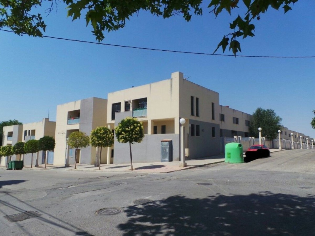 Apartment  For Sale in  Villena
