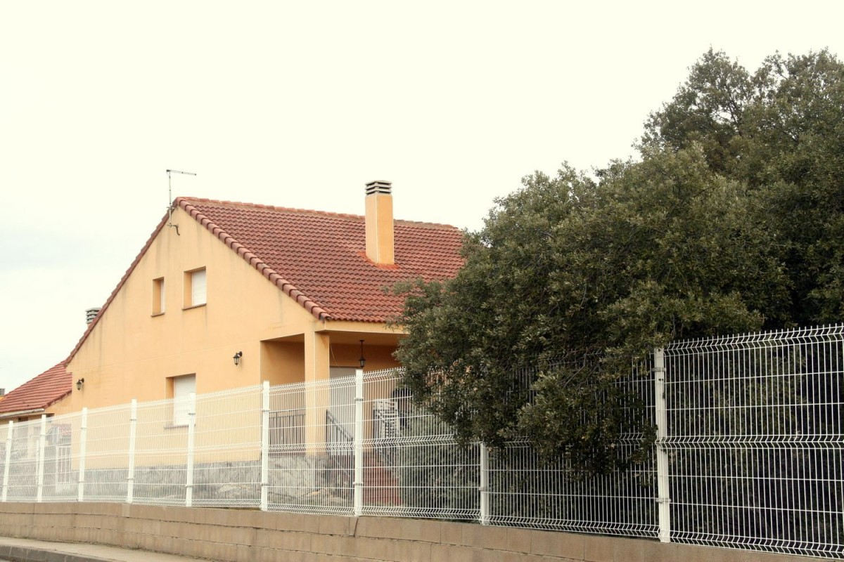 House  For Sale in  Zarzuela del Monte
