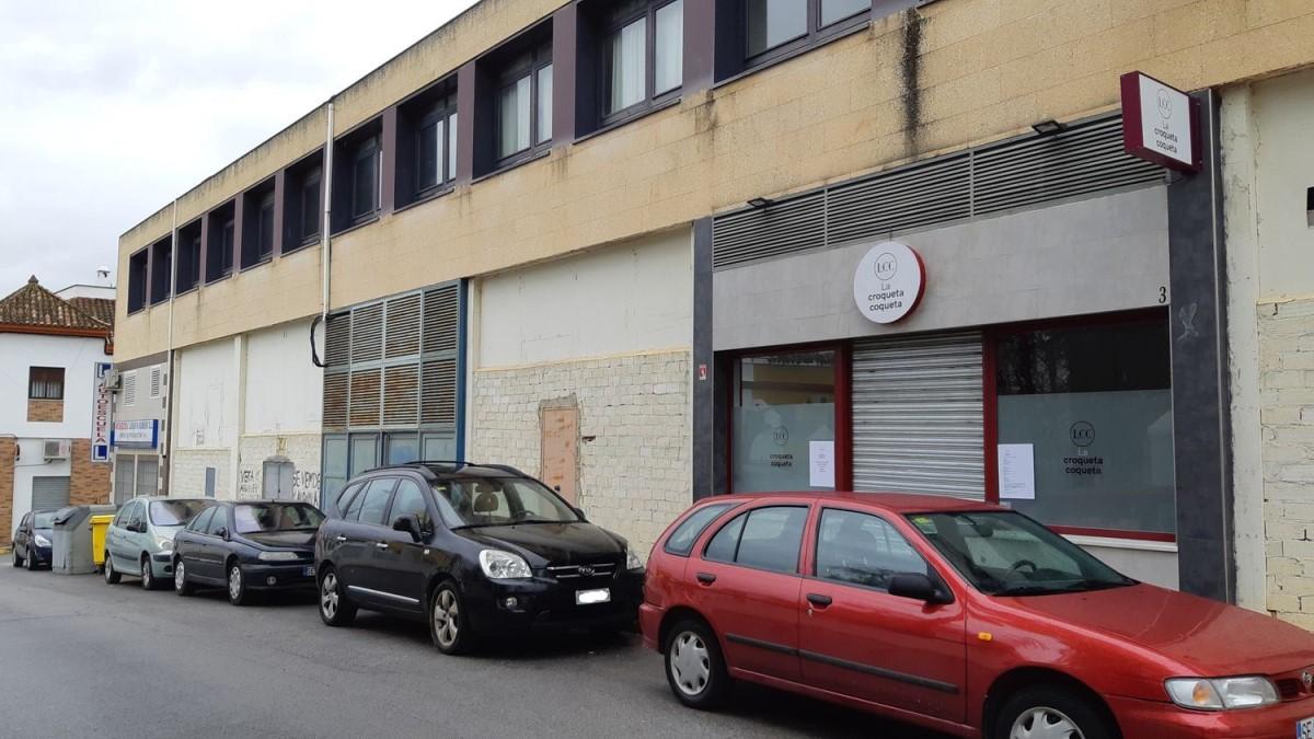 Local Comercial en Venta en  Castilleja de la Cuesta