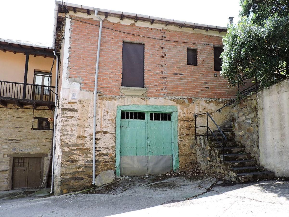 Casa Rural en Venta en  Molinaseca