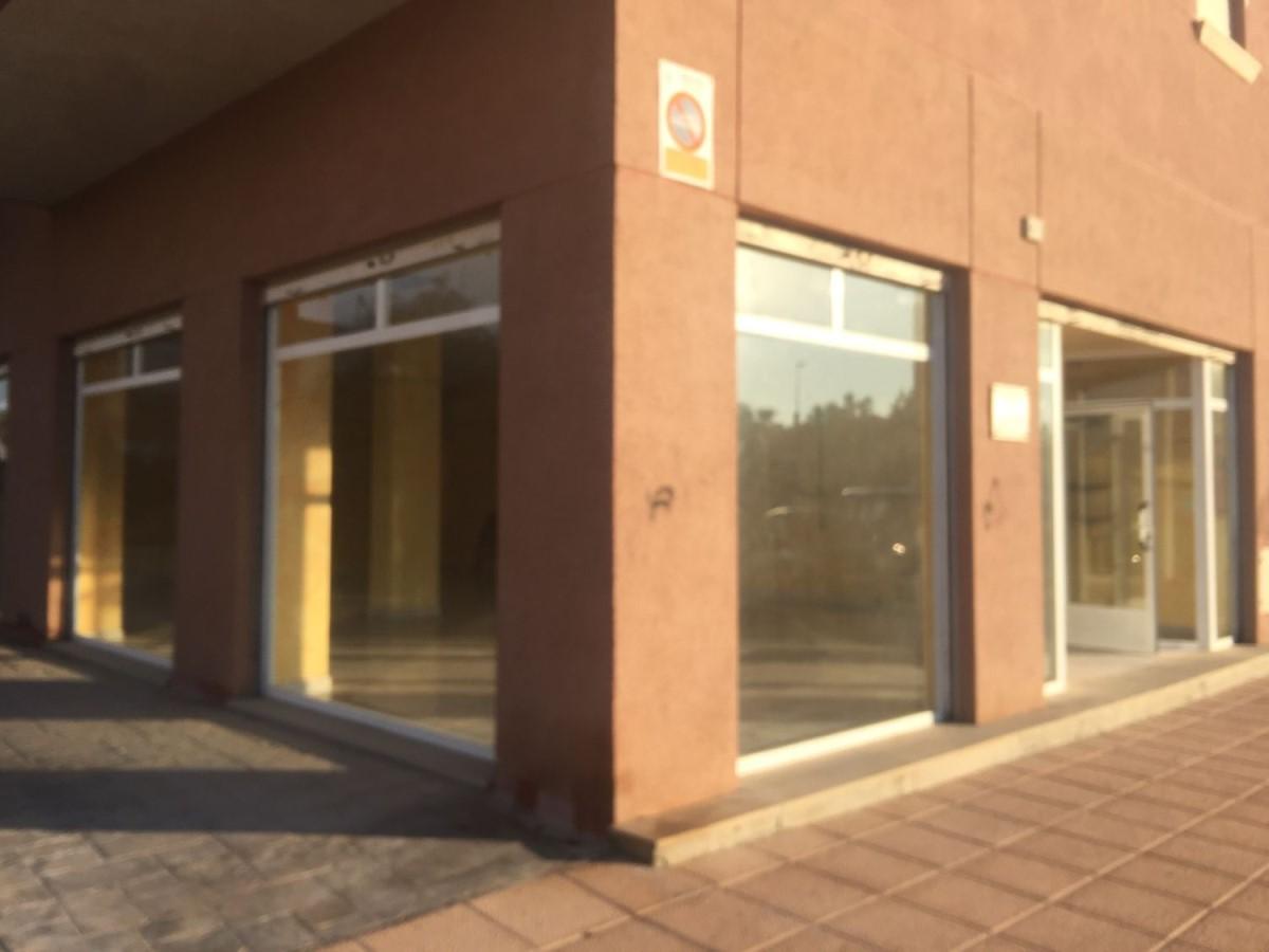 Local Comercial en Alquiler en  Santa Pola