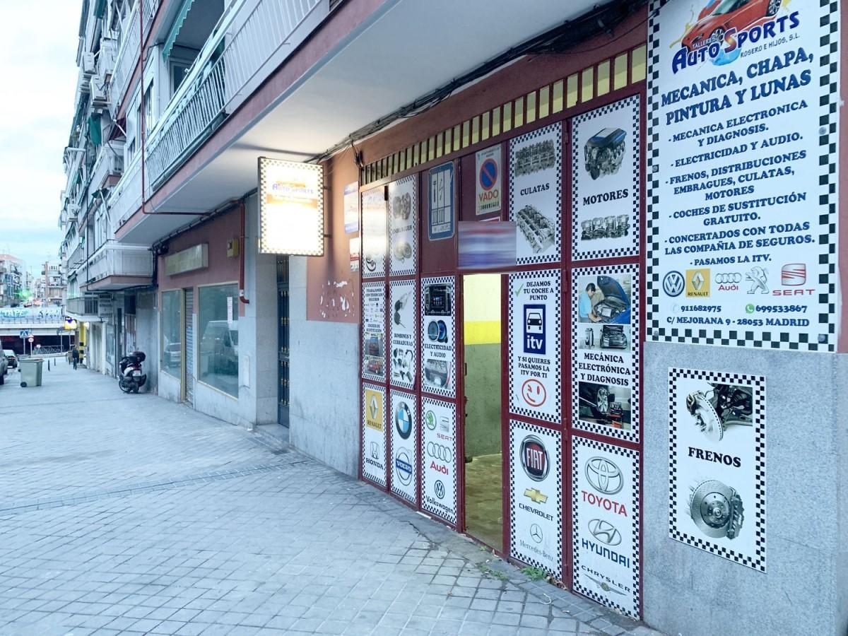 Local commercial  à louer à Puente De Vallecas, Madrid
