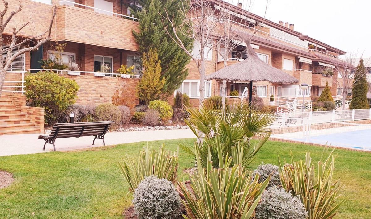 Piso en Alquiler en El Pinar- Punta Galea, Rozas de Madrid, Las
