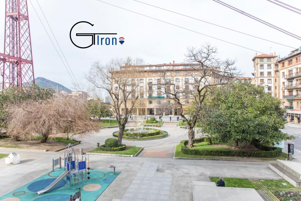 Piso en Venta en Las Arenas, Getxo