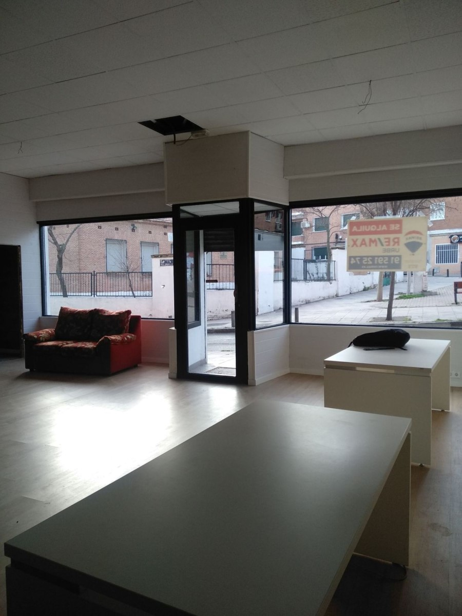 Local Comercial en Alquiler en Hortaleza, Madrid