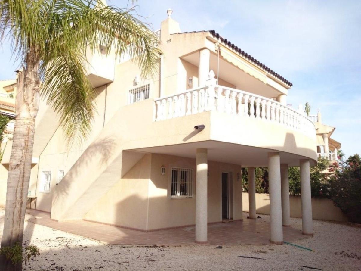 House  For Sale in  San Miguel de Salinas