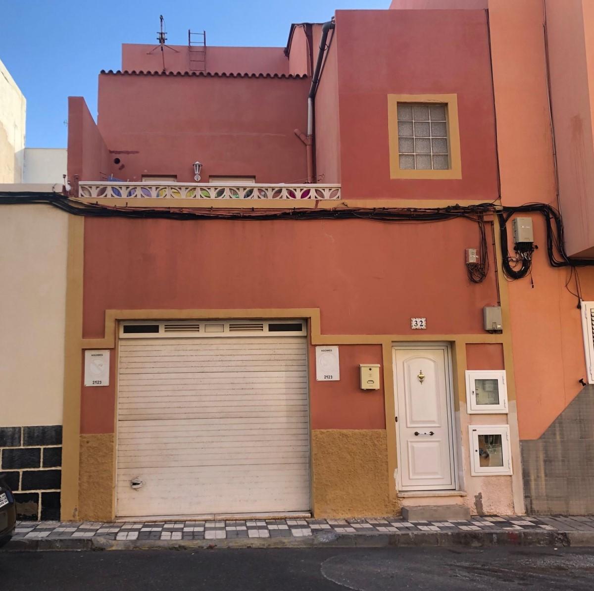 Edificio de Viviendas en Venta en  Agüimes