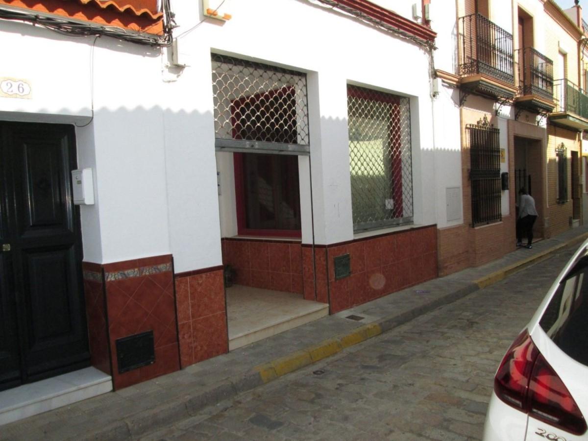 Local Comercial en Venta en  Benacazón