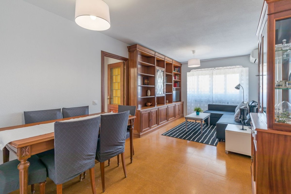 Apartment  For Rent in Usera, Madrid
