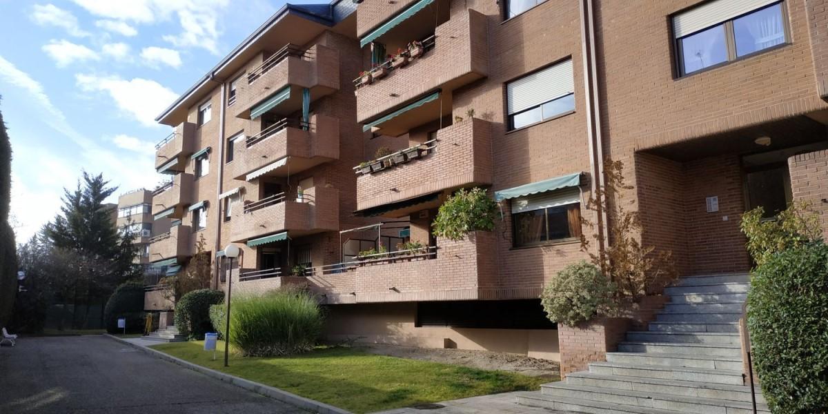 Apartment  For Rent in Zona Avenida Europa, Pozuelo de Alarcón