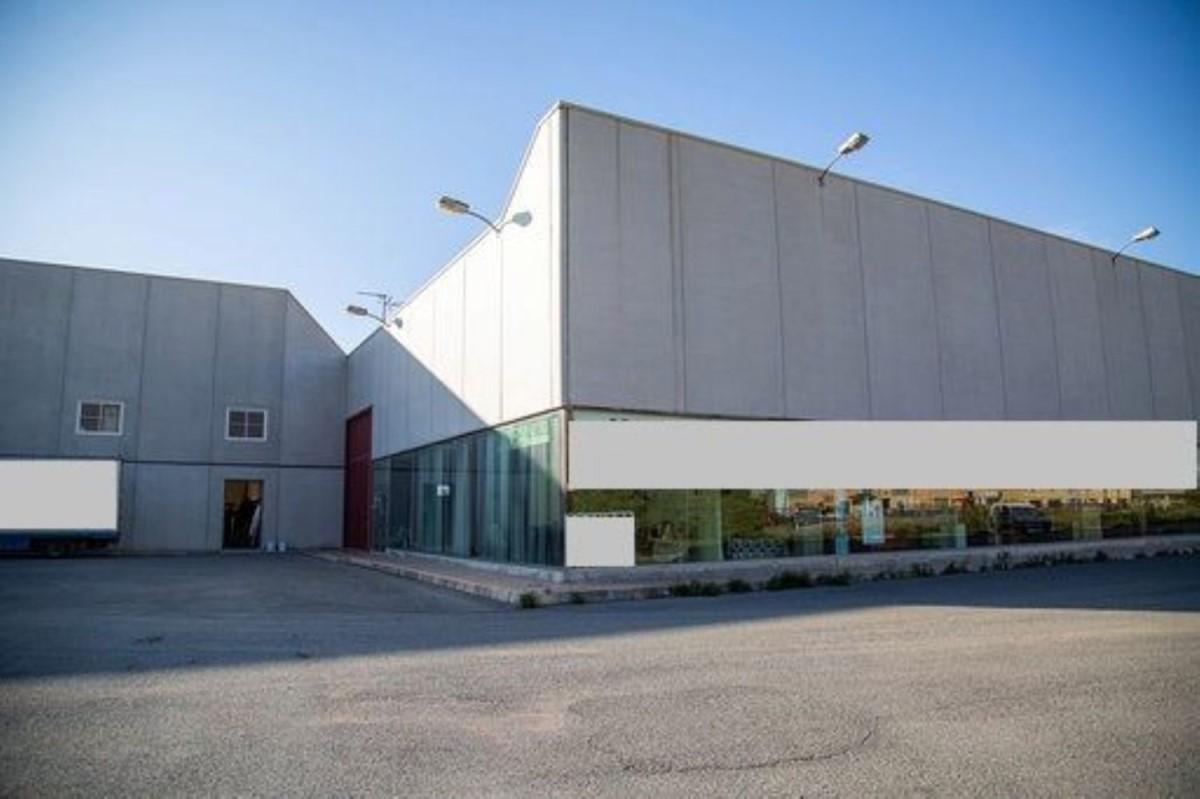 Industrial premises  For Sale in  Orihuela