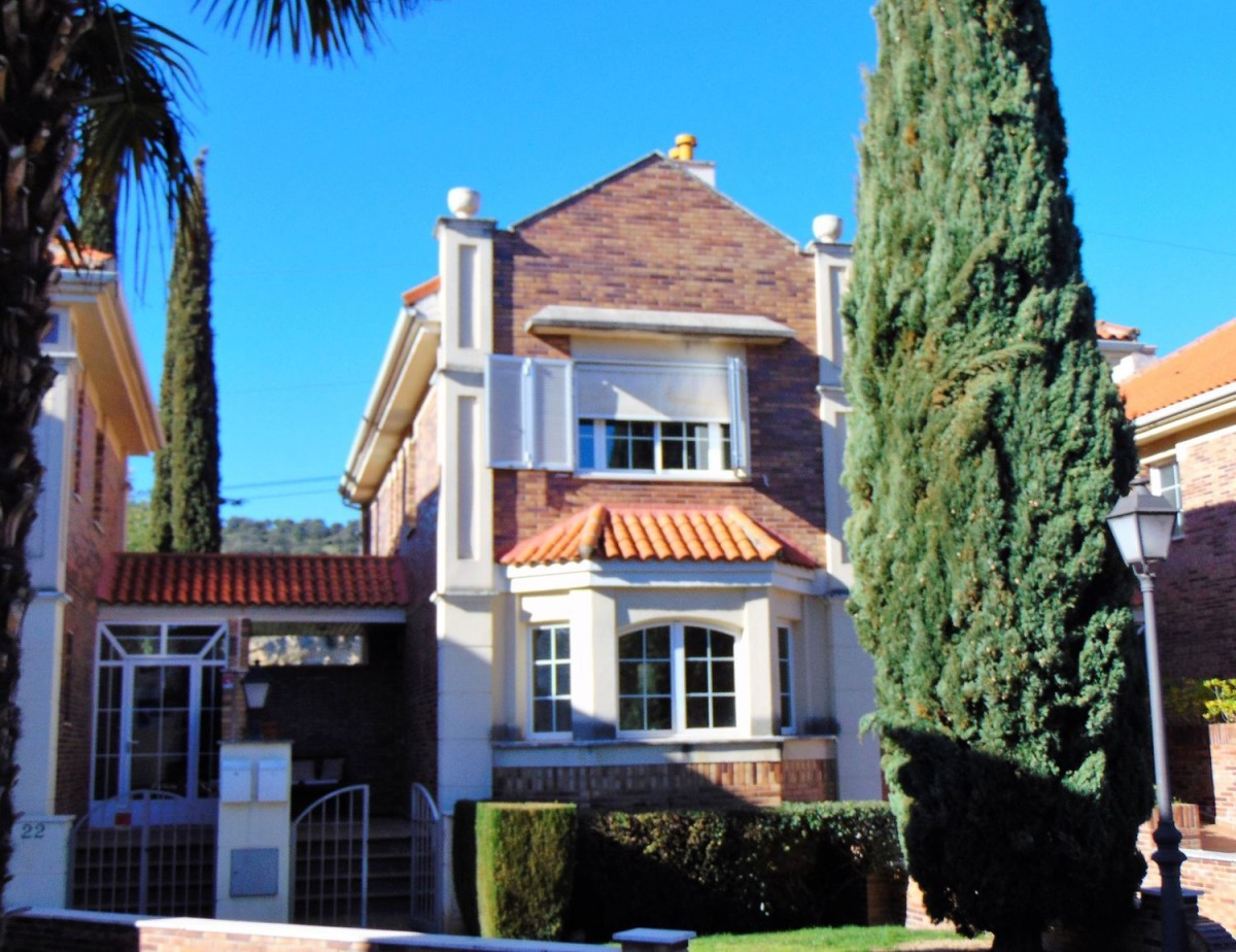 Chalet Adosado en Venta en Molino De La Hoz, Rozas de Madrid, Las