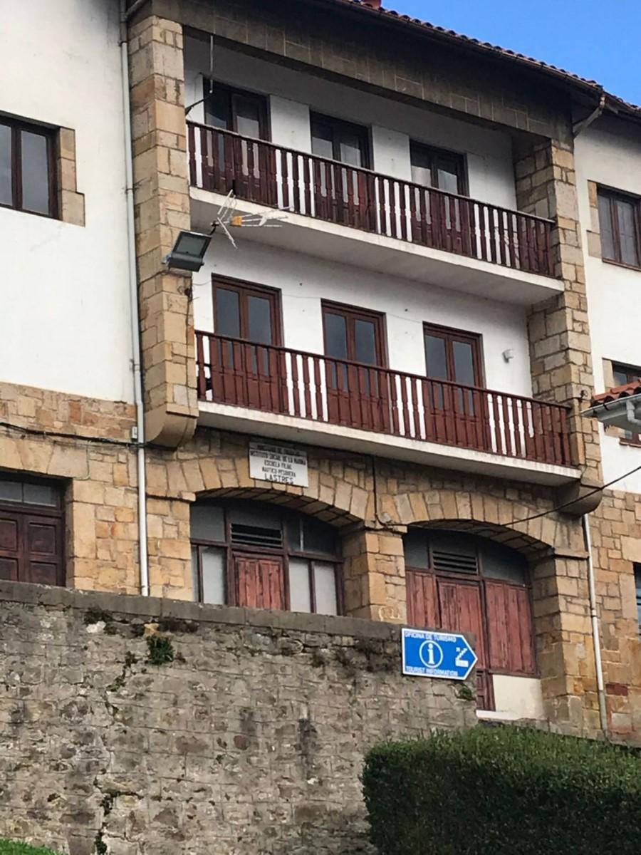 Edificio de Viviendas en Venta en  Lastres