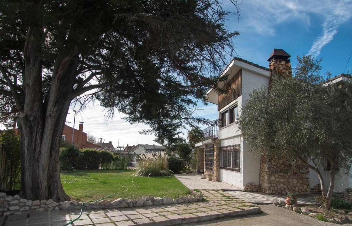Chalet en Venta en  Viana de Cega