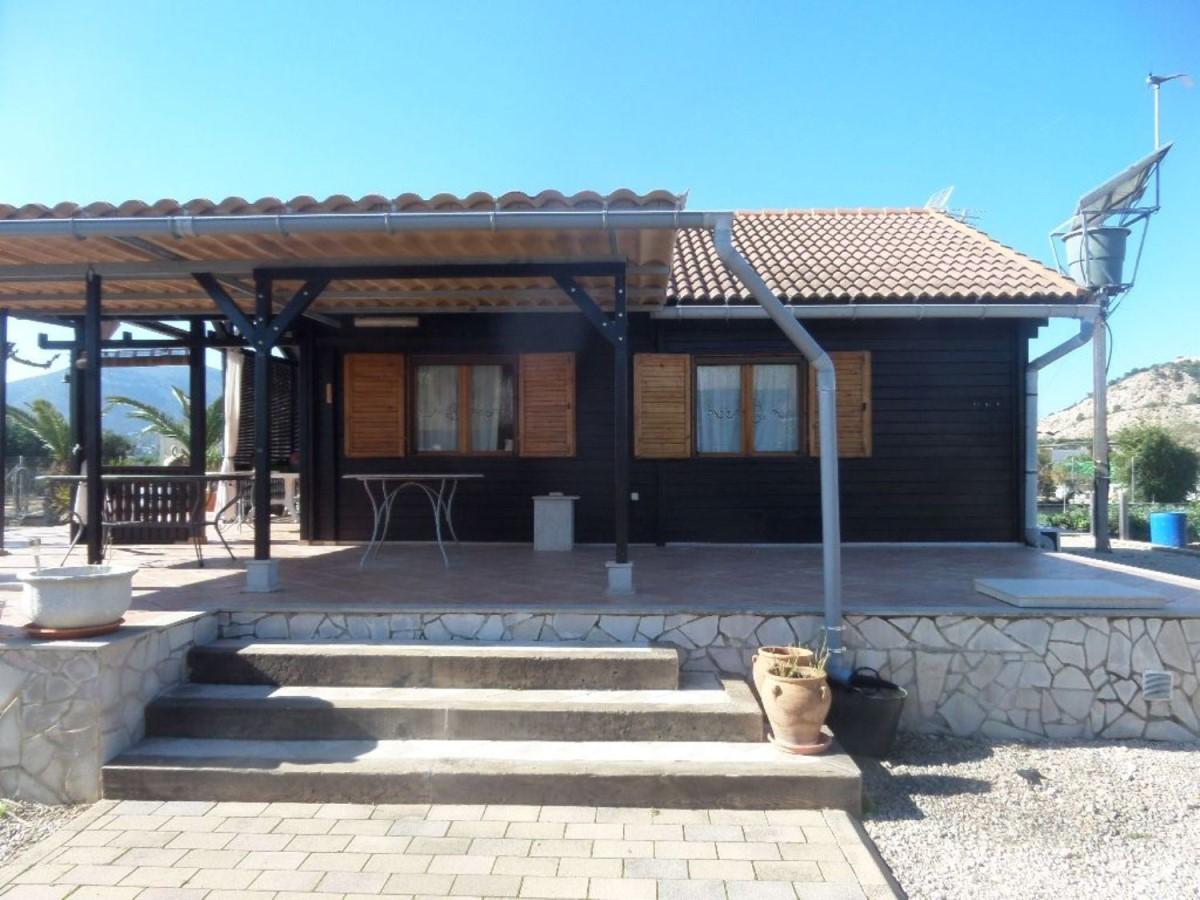 Casa Rural en Venta en  Corbera