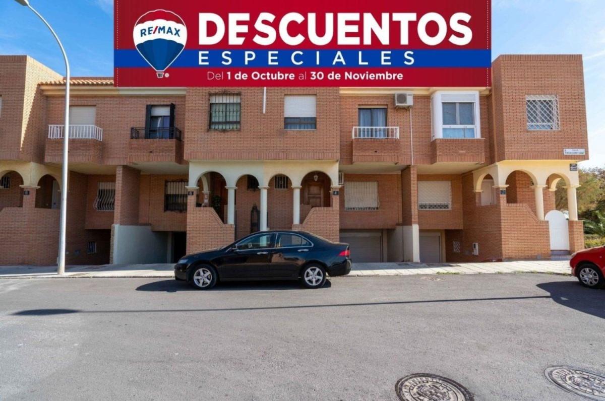Dúplex en Venta en  Almería