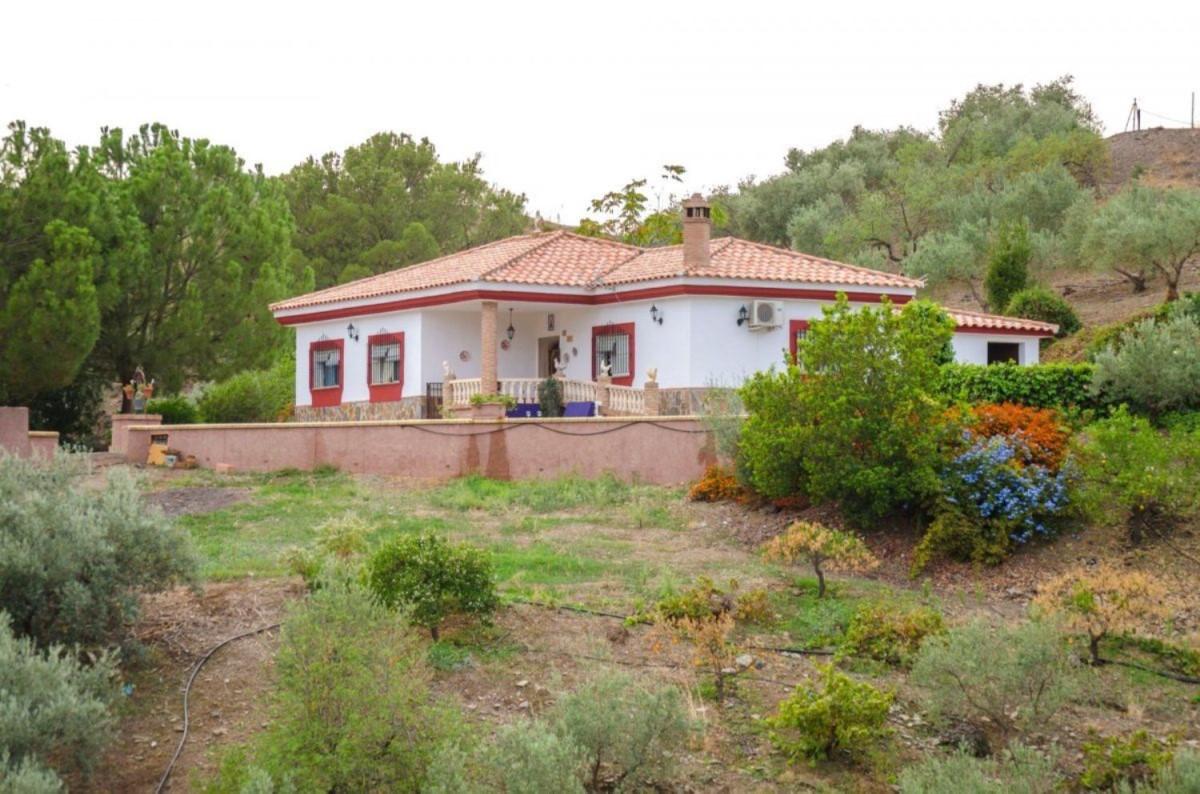 Casa Rural en Alquiler en  Almogía