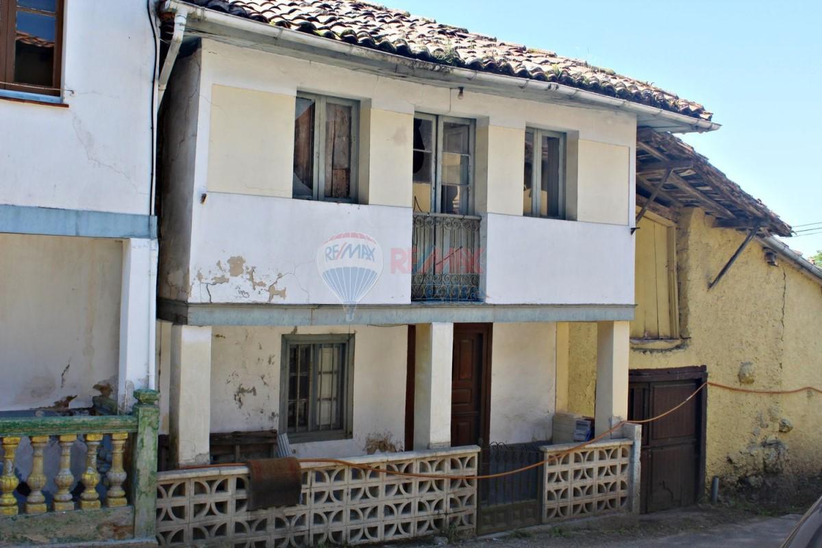 Casa Rural en Venta en  Nava