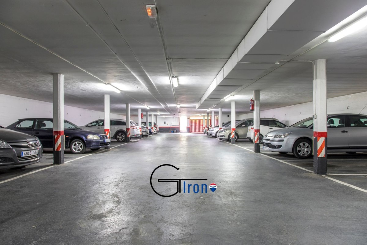 Garaje en Venta en  Valle de Trápaga/Trapagaran