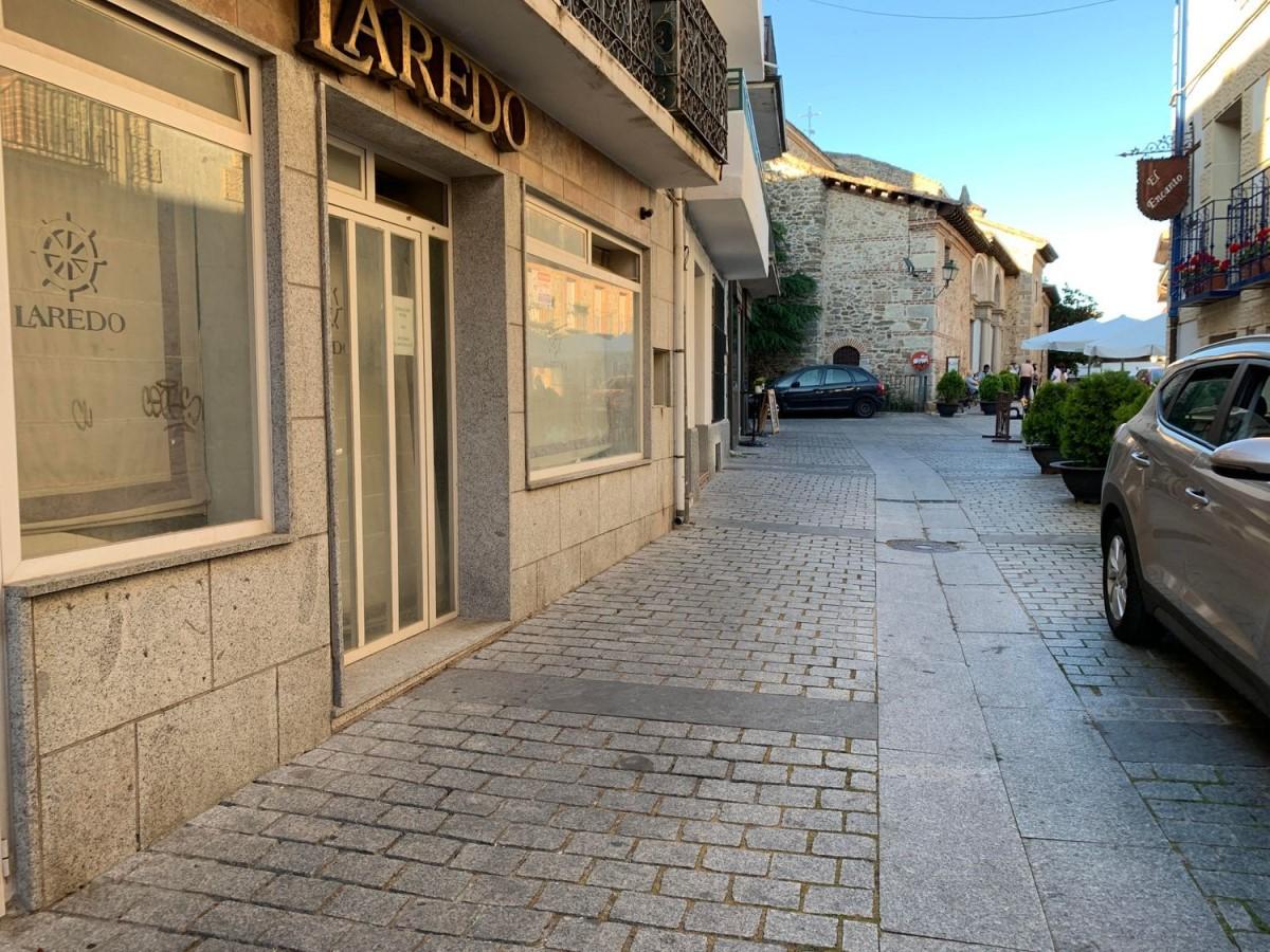 Local Comercial en Alquiler en  Miraflores de la Sierra