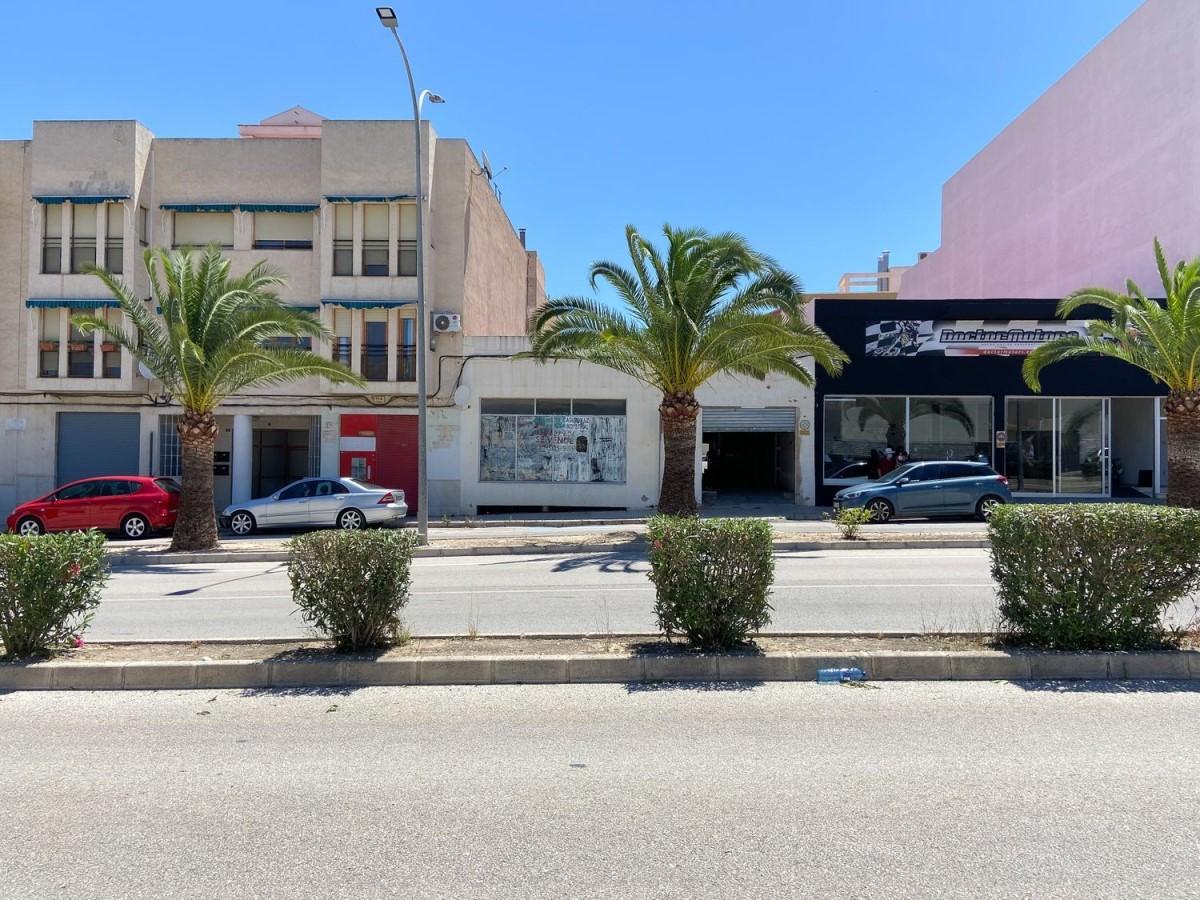 Nave Industrial en Venta en Casco Urbano, Aspe