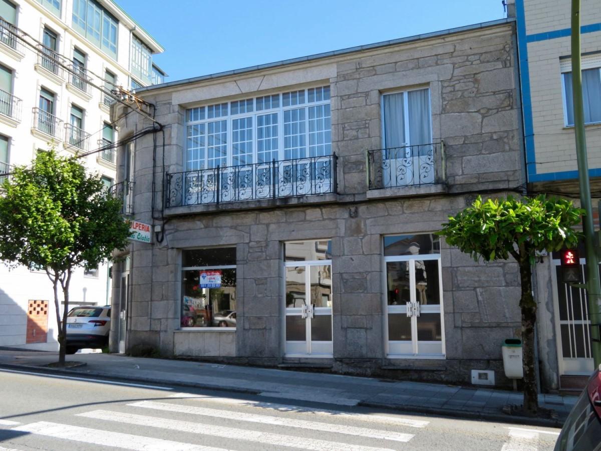 Edificio de Viviendas en Venta en  Monterroso