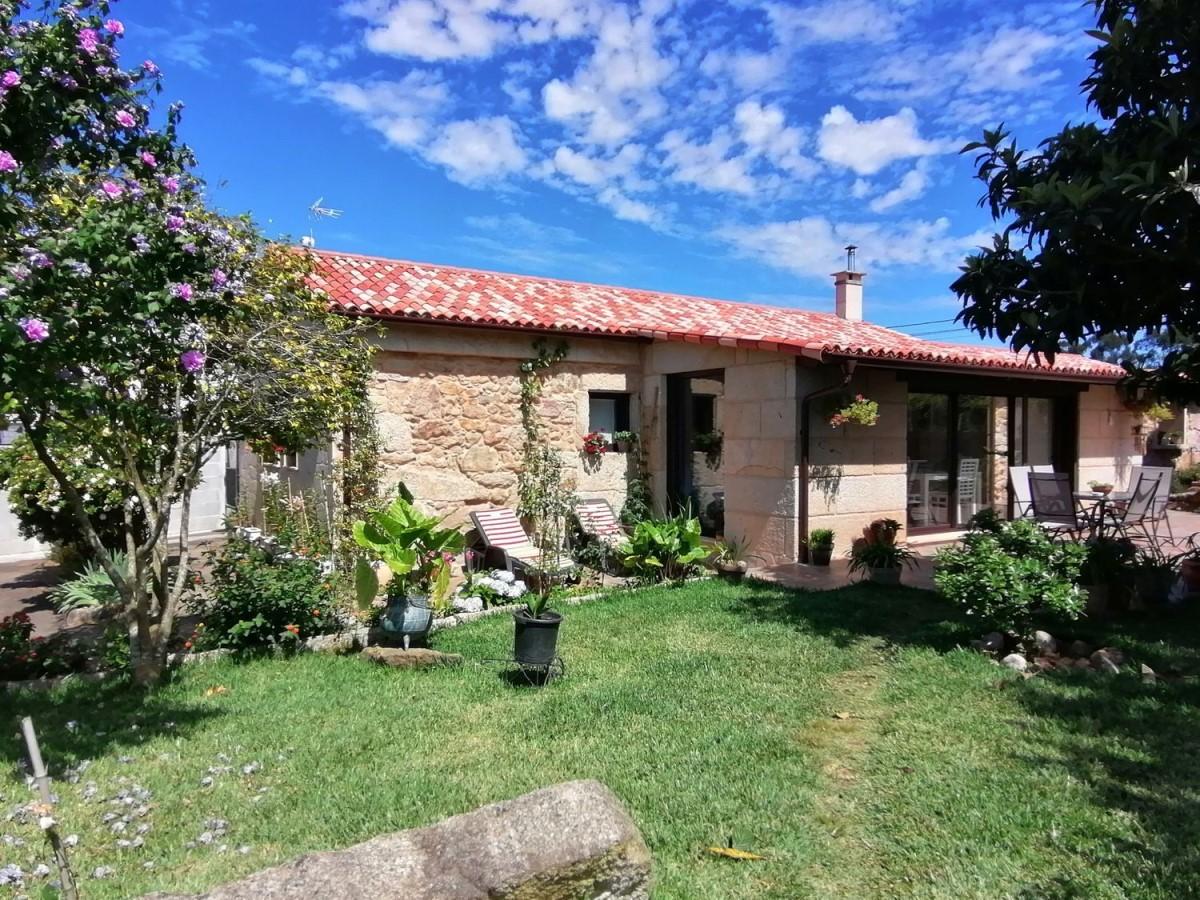 Casa Rural en Venta en  Tomiño